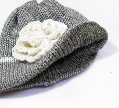 Knit Baby Hat, Newborn Girl hat with flower