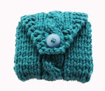 Pattern instruction knitted camera case cozy
