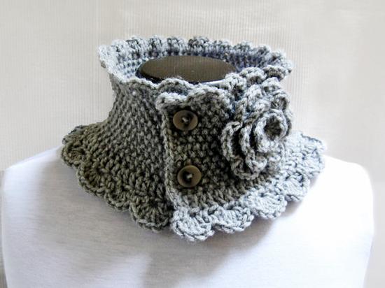 Hand Knit Neck Warmer Collar Grey Victorian Style