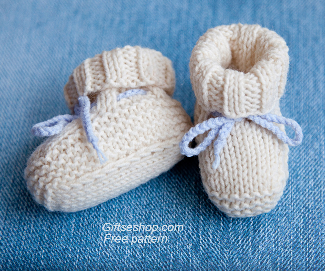 Free Knitting Pattern Baby Booties Uggs Knitted with Straight Needles   Gifts...