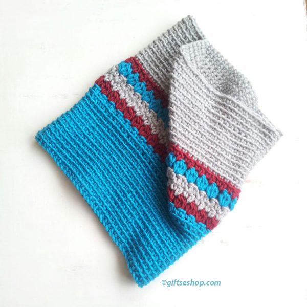 crochet cowl pattern blue red