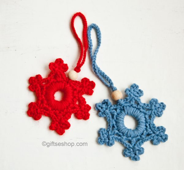 Christmas crochet patterns, snowflake pattern