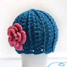 crochet pattern girl hat beanie
